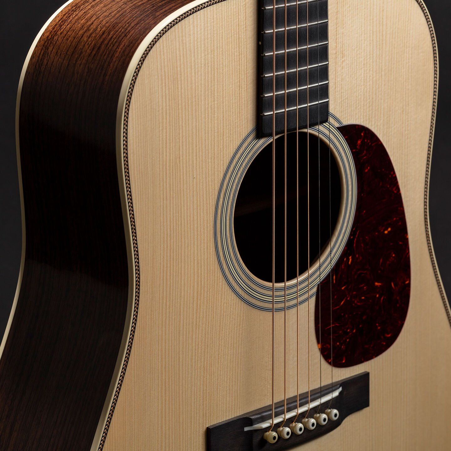 Custom Shop D-28 1937 acoustic guitar