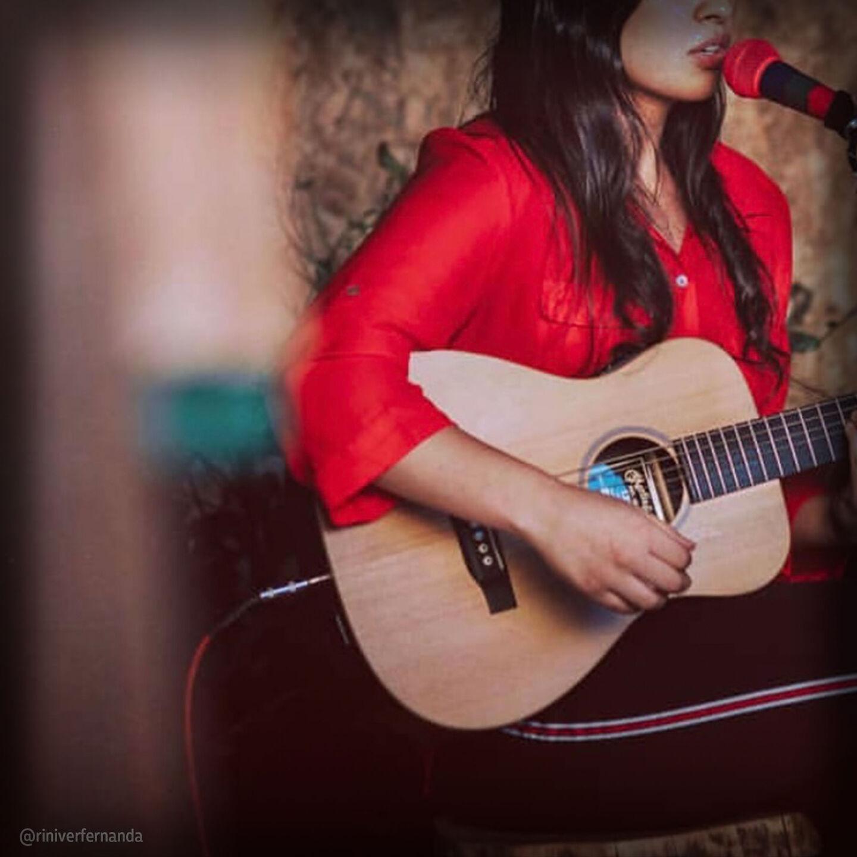 Live guitar performance